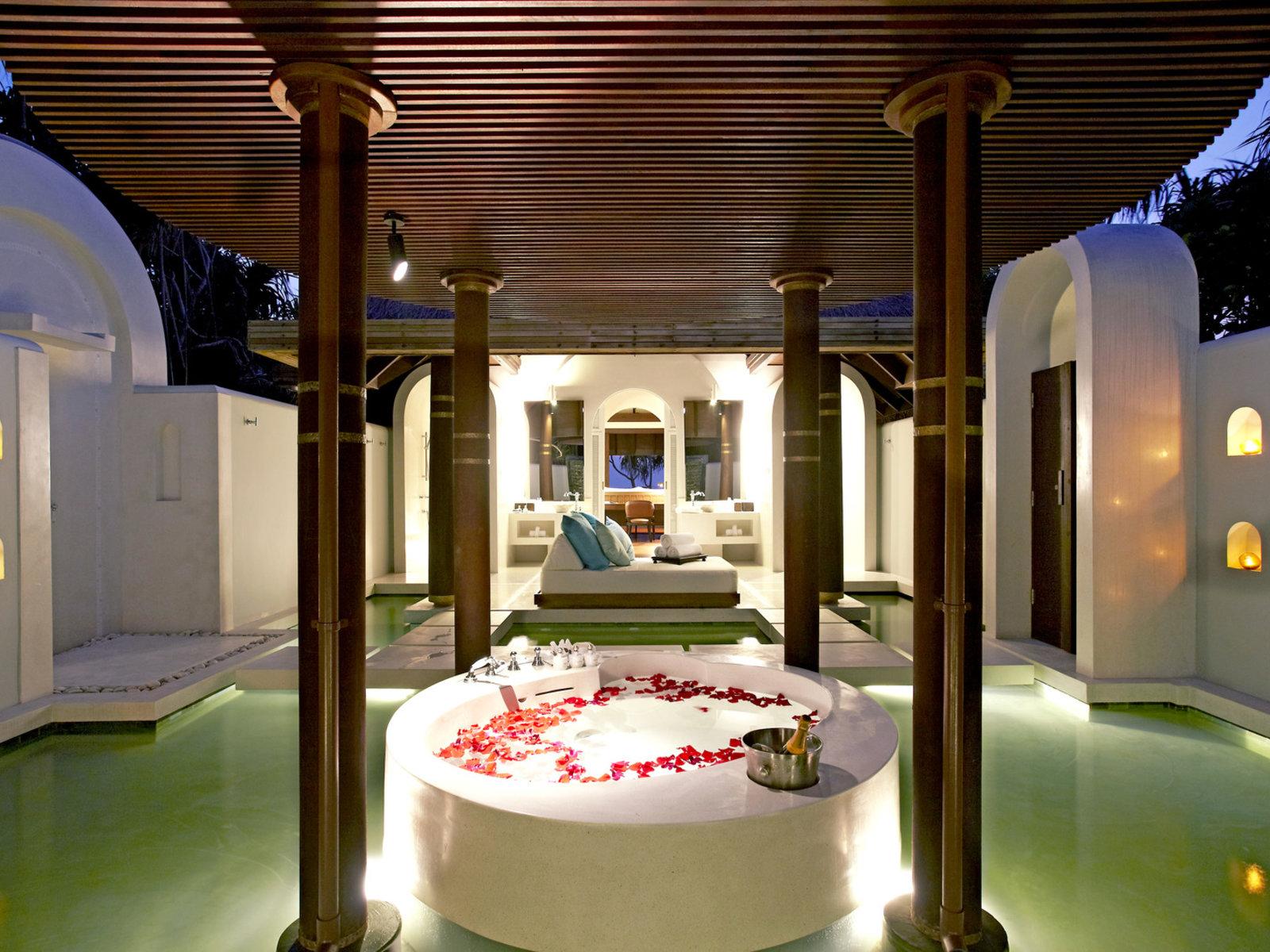 Wohnbeispiel Honeymoon/Anniversary Beach Pool Villa