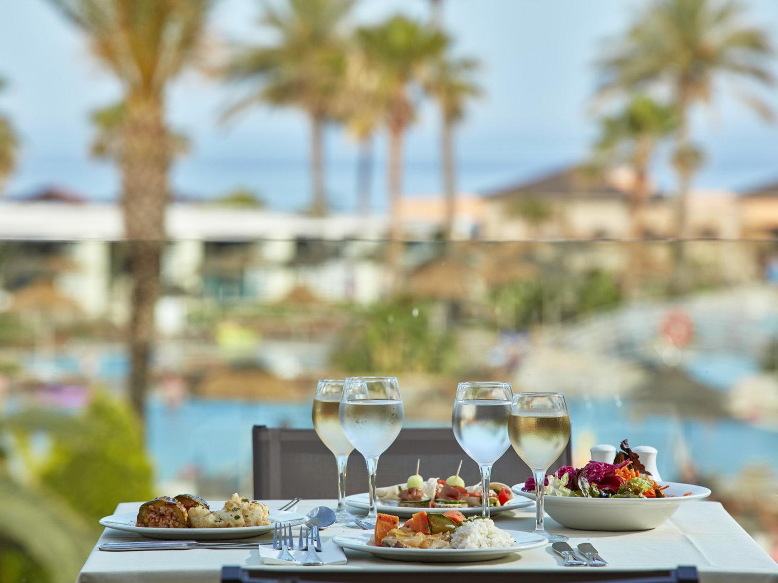 Thalassa Dinig Room & Al Fresco terrace