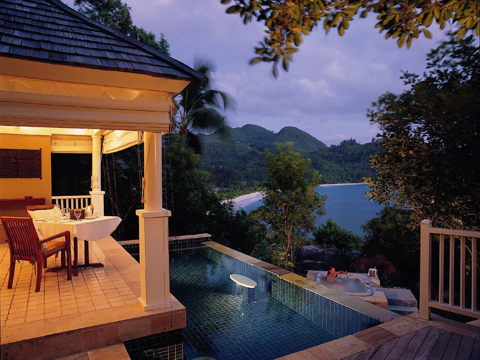 Wohnbeispiel Intendance Bay View Pool Villa