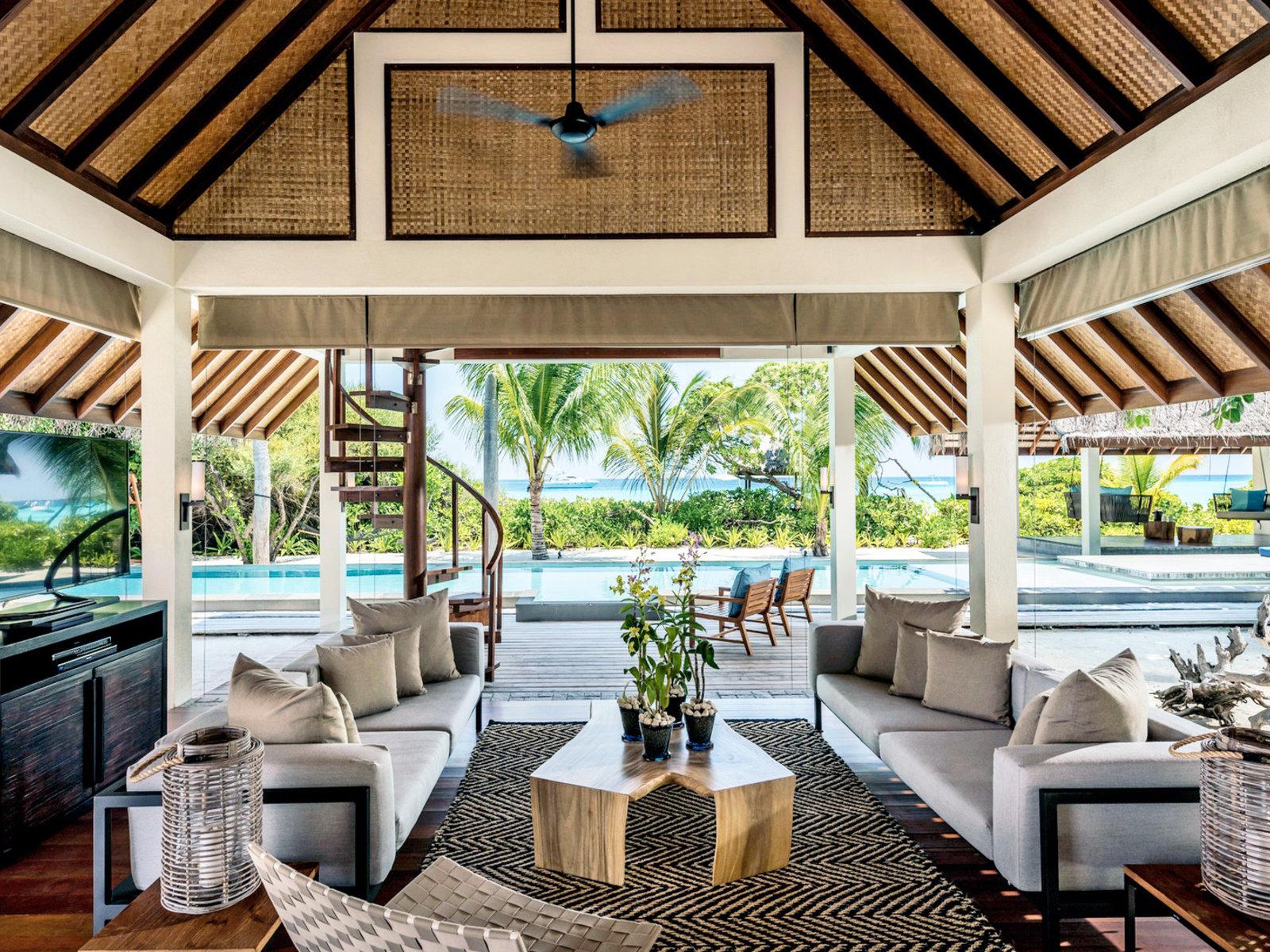 Wohnbeispiel Two Bedroom Royal Beach Villa