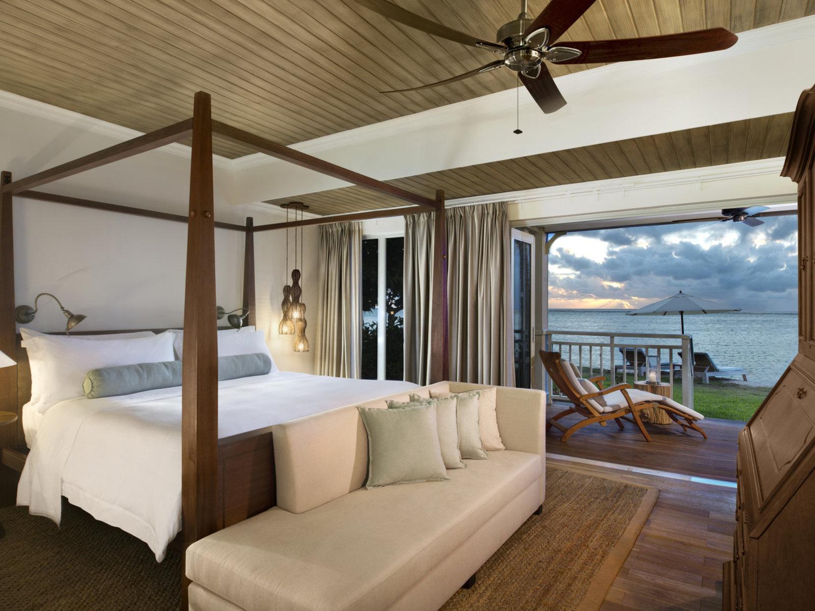 Wohnbeispiel Honeymoon Beachfront St. Regis Suite