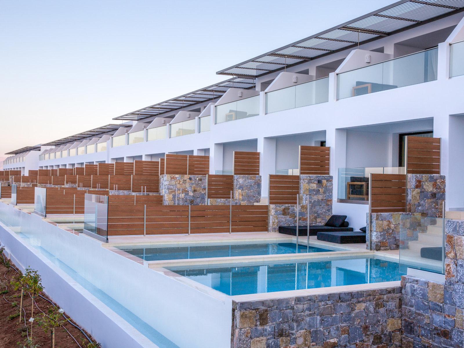 Wohnbeispiel Luxury Guestroom with Private Pool