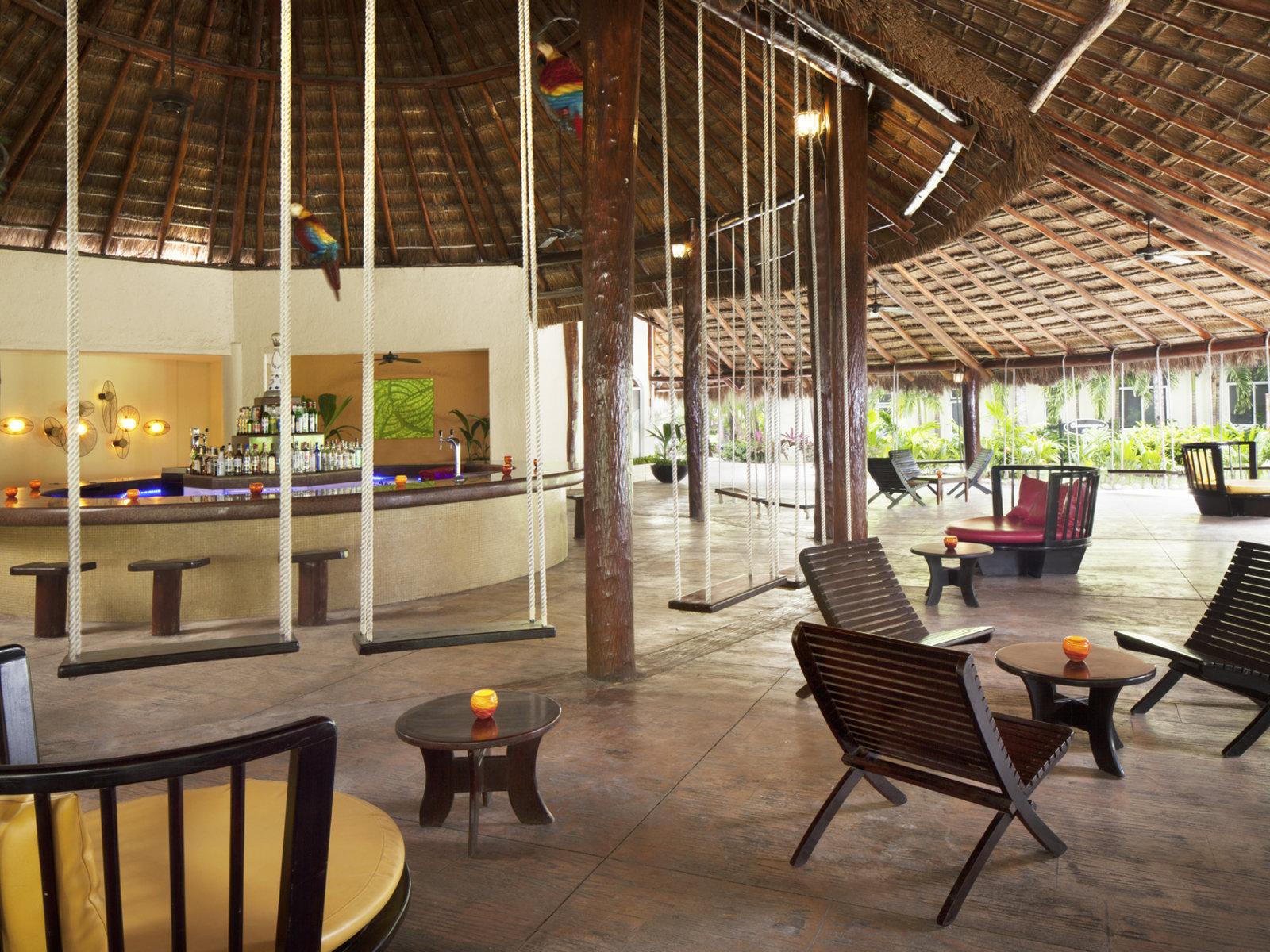 Bar Las Guacamayas