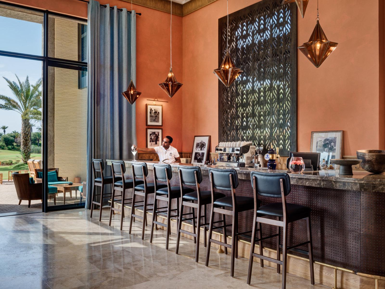 Legends' Bar