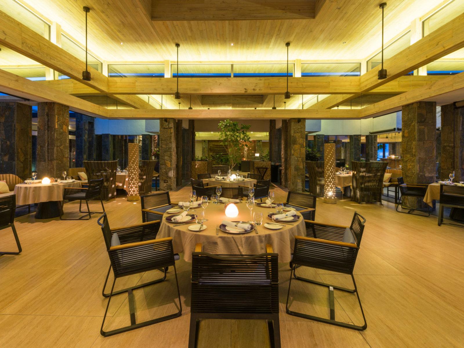 FUSION - Fine Dinning Restaurant