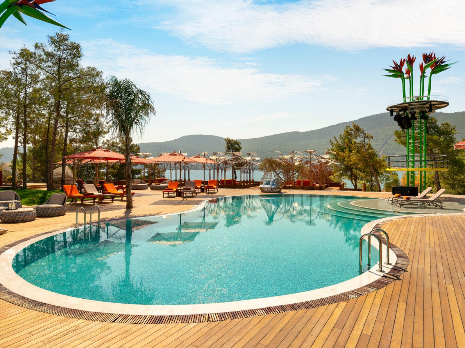 Indigo Beach Club Pool