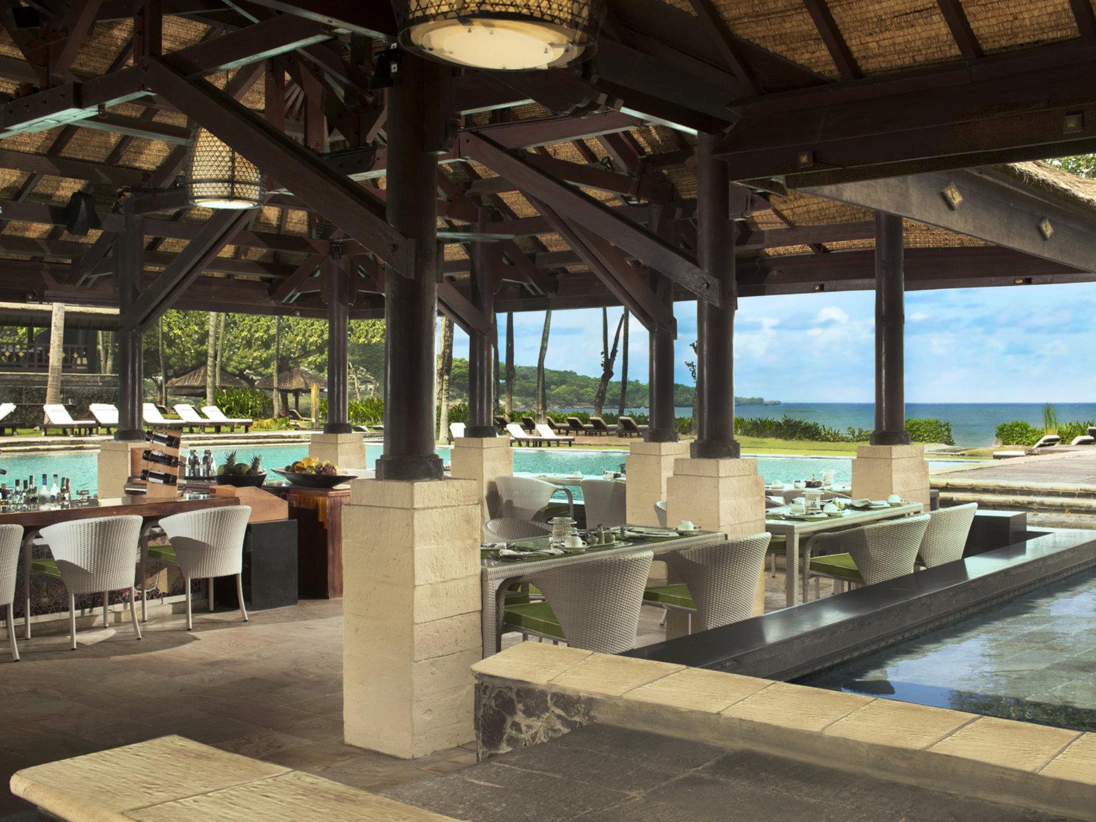 Jimbaran Garden Pool Bar