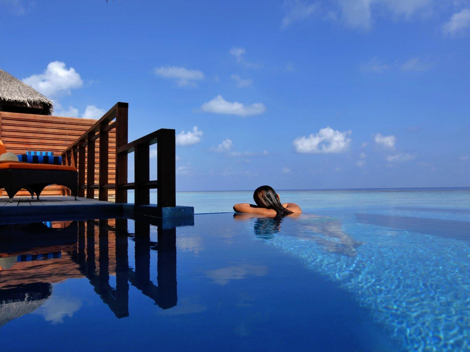 Wohnbeispiel Water Villa with Pool