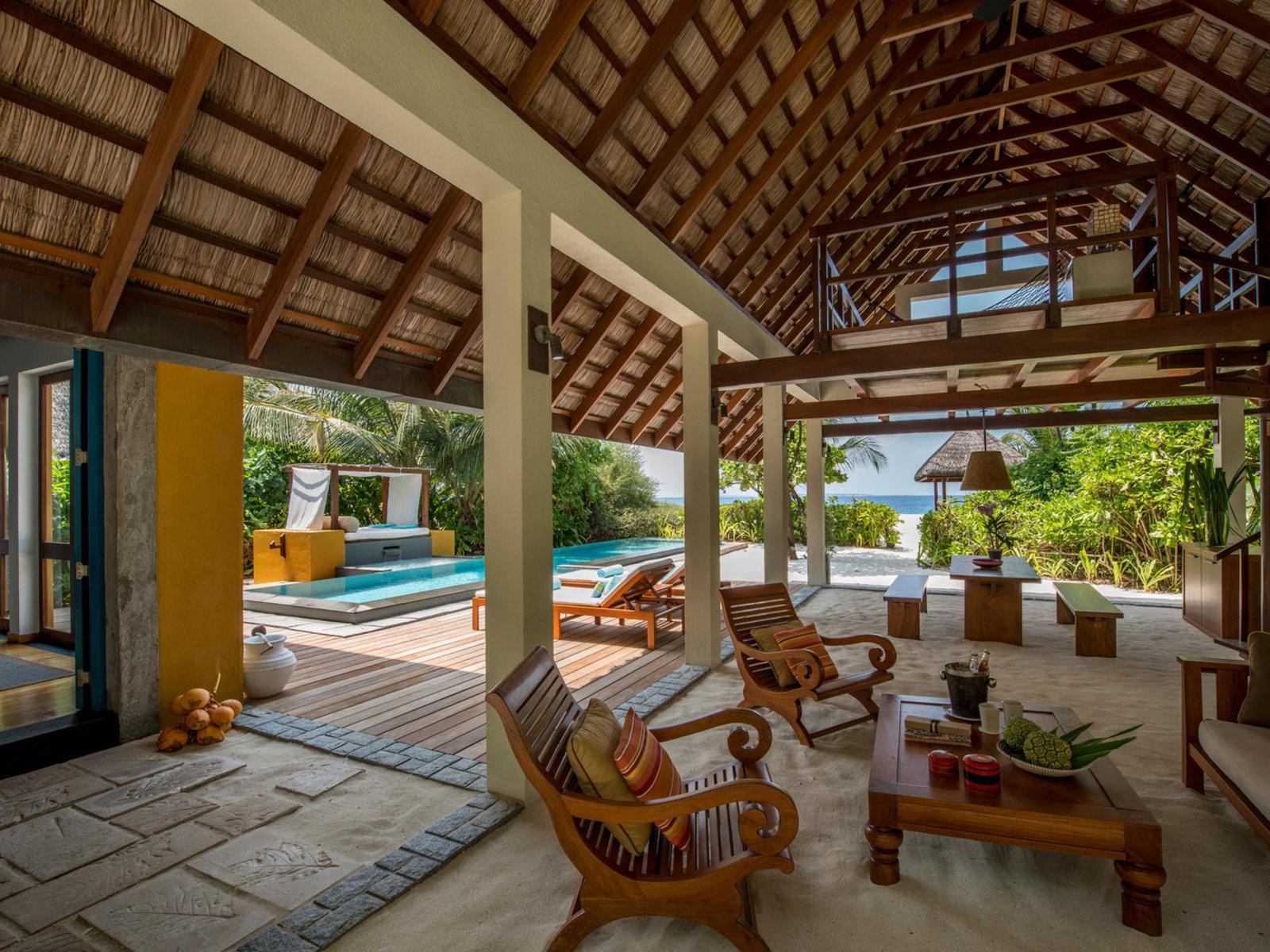 Wohnbeispiel Family Beach Villa with Pool