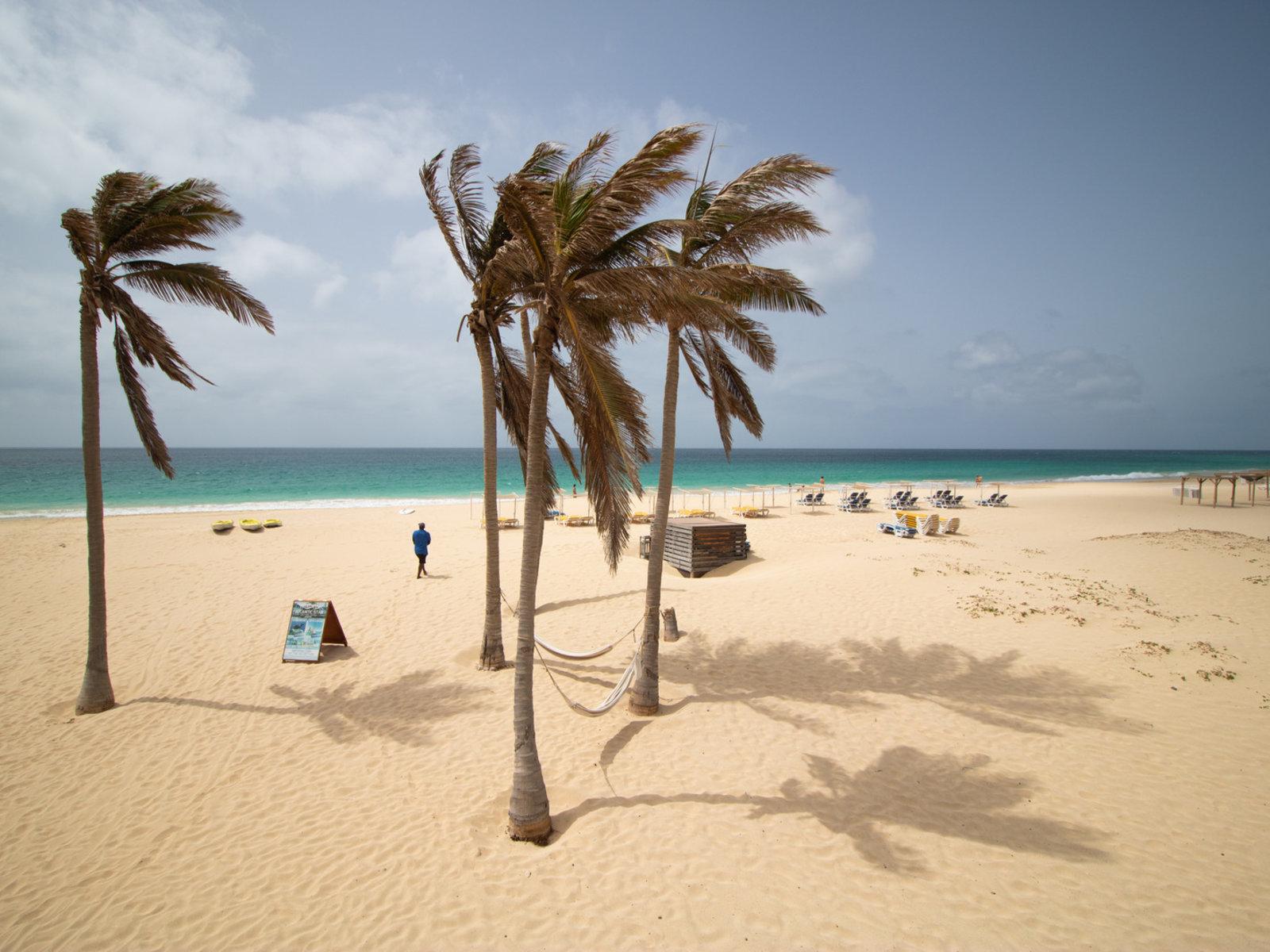 Santa Maria Beach - Hotel Concession