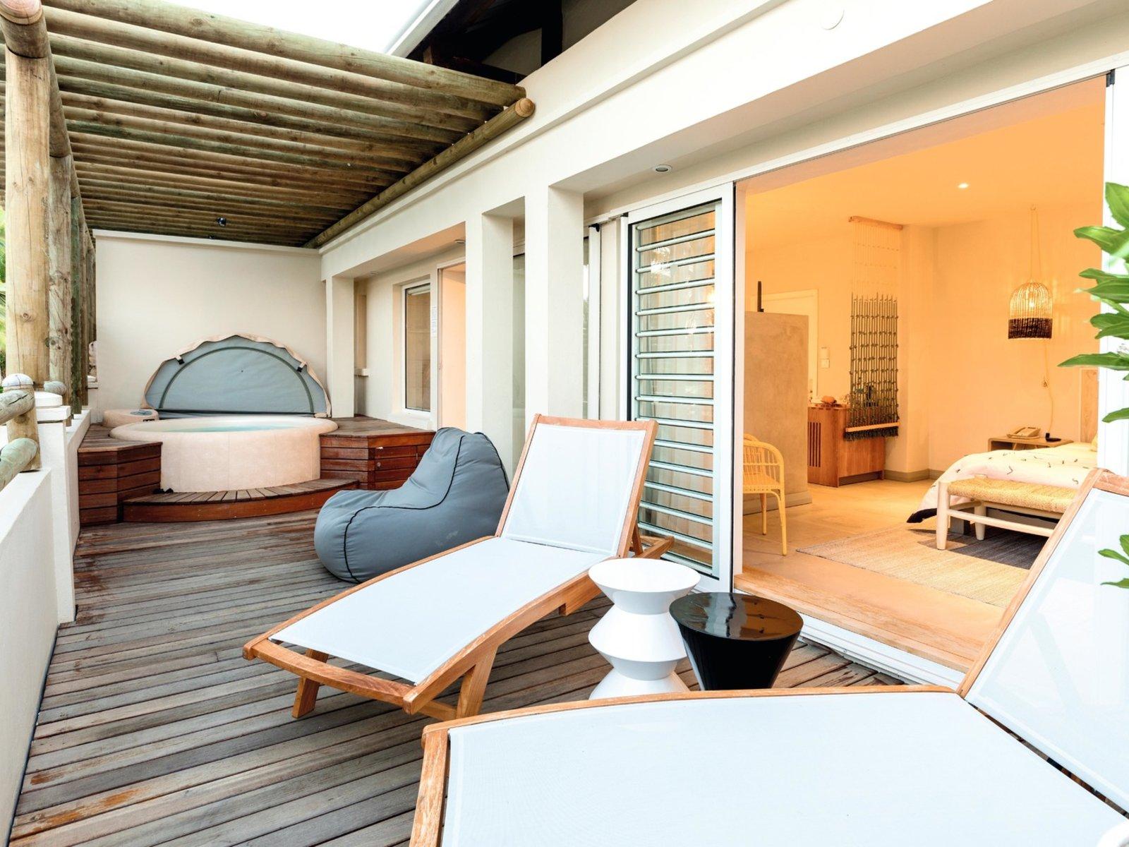 Wohnbeispiel Honeymoon Seaview Whirlpool Suite