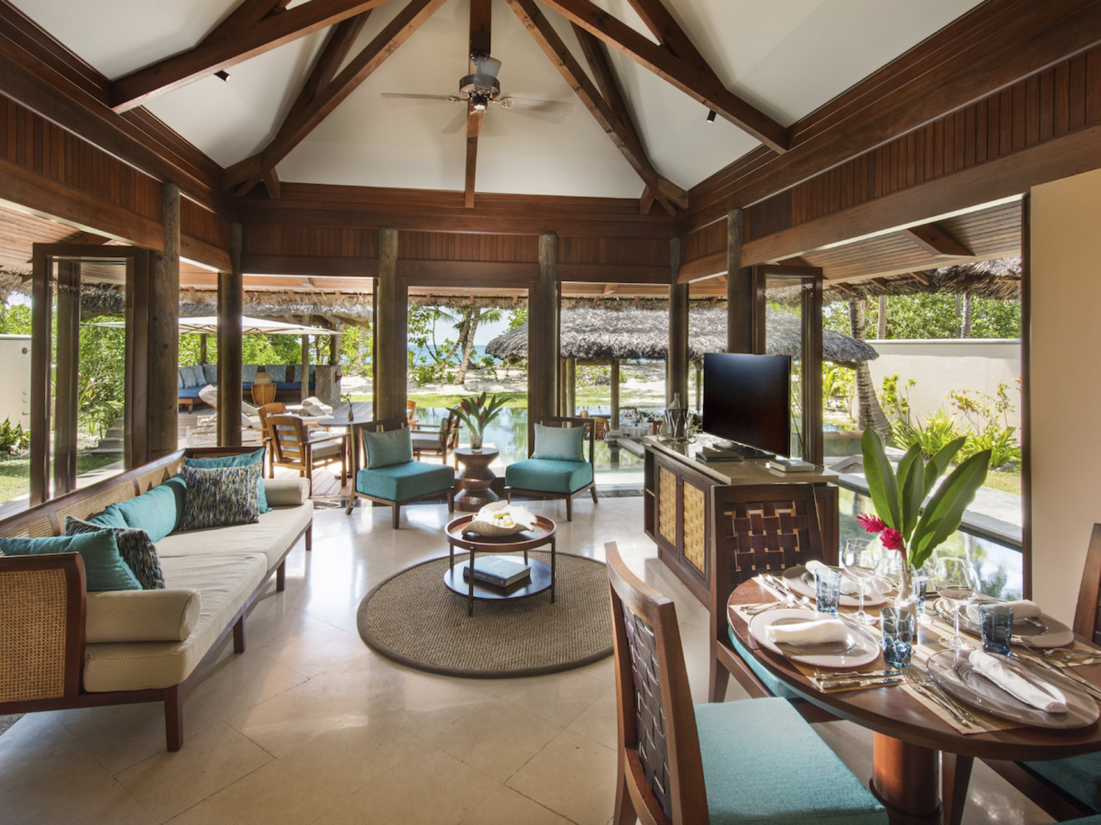Wohnbeispiel Honeymoon/Anniversary Pool Villa (1 Bedroom)