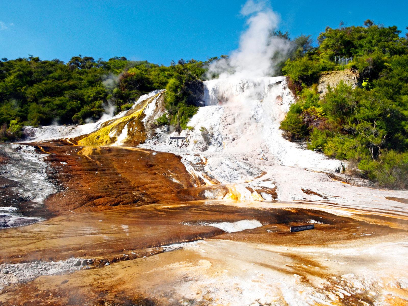 Quelle: Orakei Korako Geothermal Park & Cave
