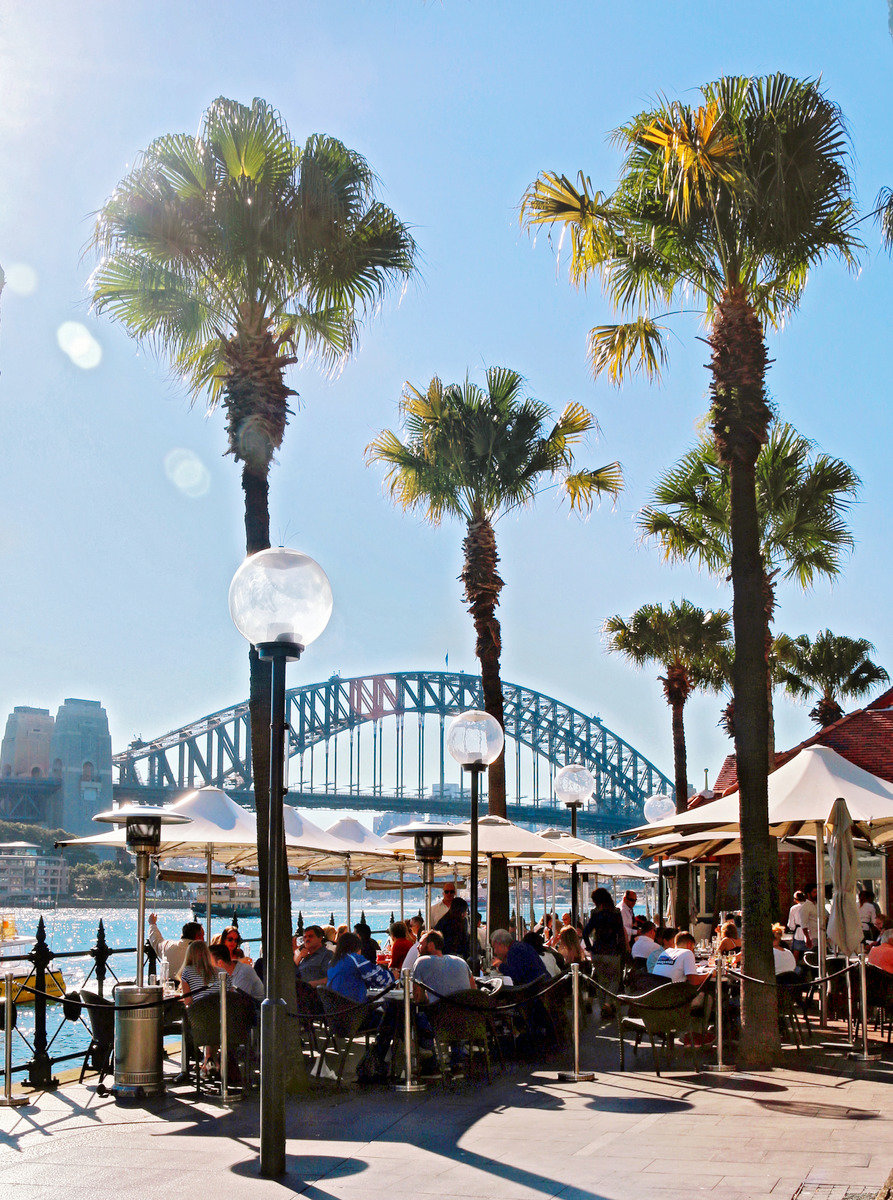 Sydney, Waterfront Dining © Tourism Australia