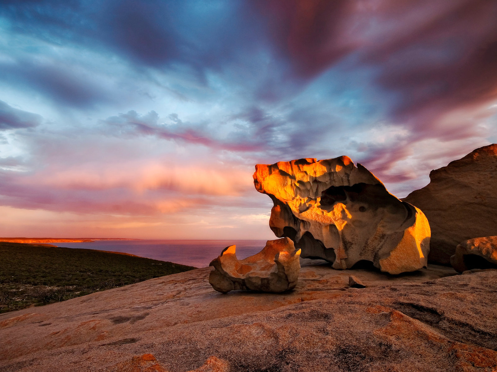 Kangaroo Island, Remarkable Rocks ©Tourism Australia