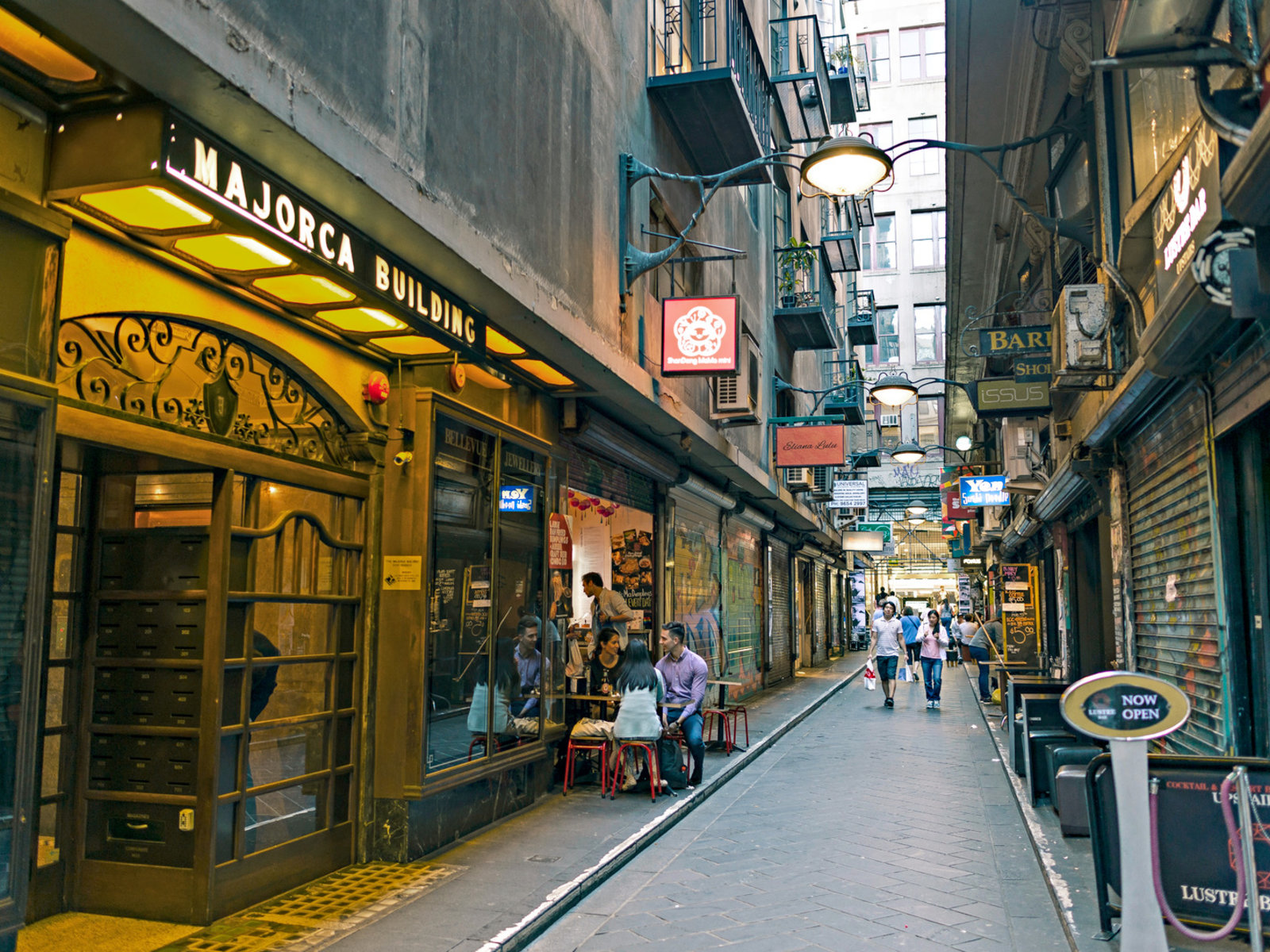 Melbourne Laneways, Centre Place ©Tourism Australia