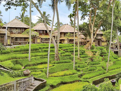 Kamandalu Resort & Spa