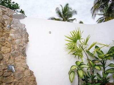 Wohnbeispiel Beachfront Pool Bure