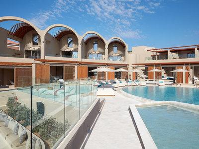 Outdoor Main Pool
