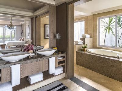 Wohnbeispiel Honeymoon Shangri-La Suite