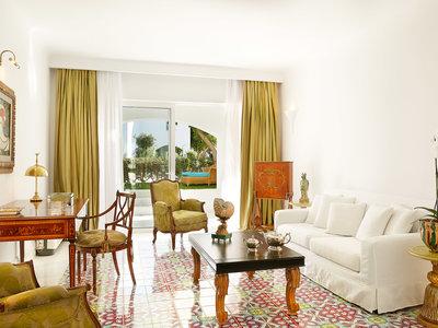 Wohnbeispiel 2 bedroom caramel villa