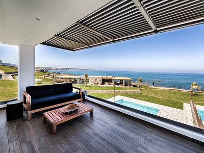 Wohnbeispiel Dream Villa Beachfront with Private Pool