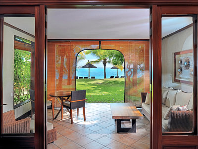 Wohnbeispiel Honeymoon/Anniversary: Tropical Beachfront Room