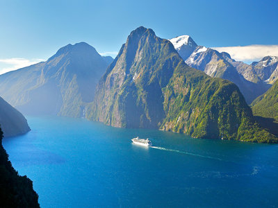 Fiordland Nationalpark, Milford Sound, Tourism New Zealand©Rob Suisted