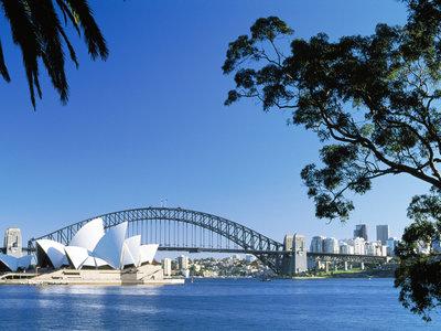 Sydney mit Opernhaus und Harbourbridge, ©Destination NSW