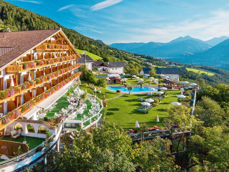 Hotel Der Verdinser Hof Schenna Gunstige Angebote Buchen Bei