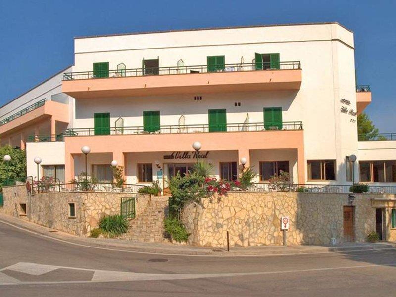 Kleiner Kühlschrank Mit Gefrierfach Real : ▷ hotelbewertungen für hotel villa real camp de mar » bei tui.com