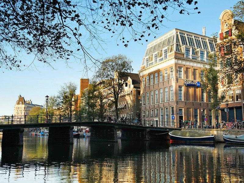 Amsterdam, Radisson Blu Hotel Amsterdam vom 2017-01-01 bis 2017-01-04, für 279,- Euro p.P.