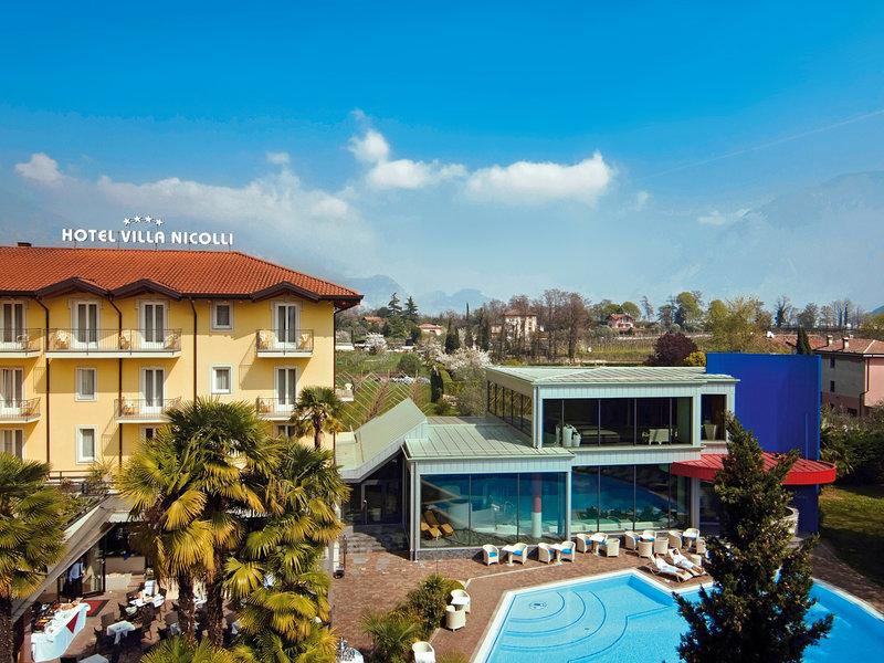 Oberitalienische Seen & Gardasee, Villa Nicolli Romantic Resort vom 2016-10-15 bis 2016-10-22, für 422,- Euro p.P.