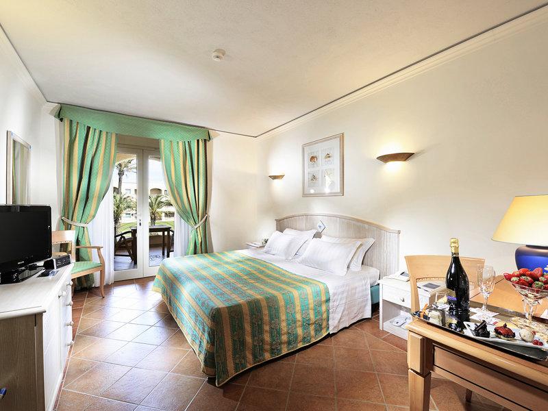 Pullman timi ama sardegna sardinien villasimius italien for Katzennetz balkon mit hotel can garden side