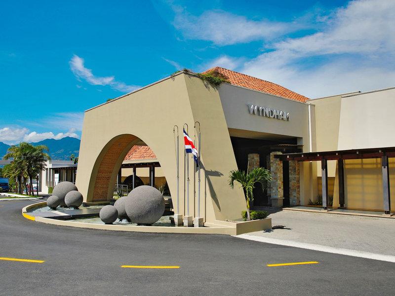 Costa Rica, Wyndham San Jose Herradura Hotel Convention Center vom 2016-08-27 bis 2016-09-05, für 1318,- Euro p.P.