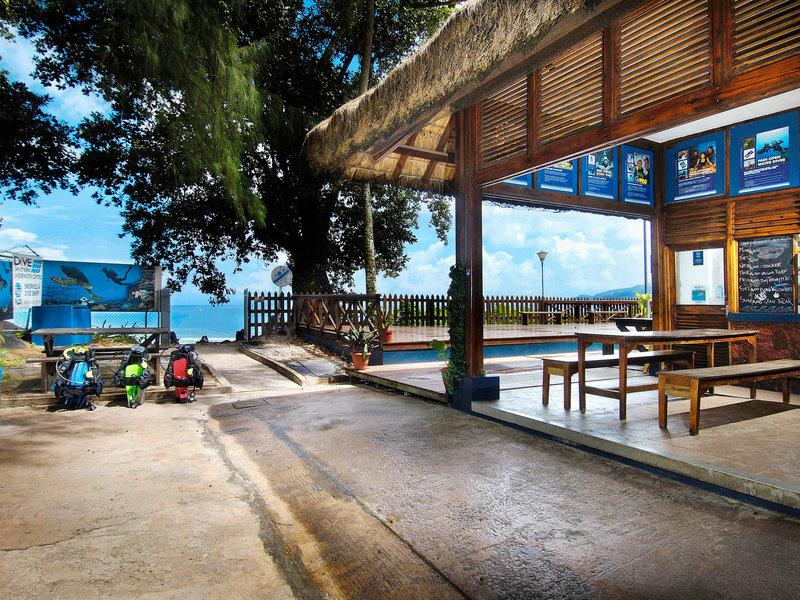 Seychellen, Berjaya Beau Vallon Bay Resort Casino vom 2016-07-12 bis 2016-07-19, für 1245,- Euro p.P.
