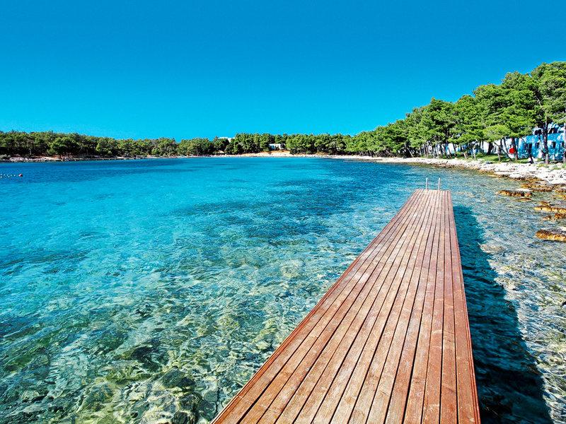 Adriatische Küste, Resort Crvena Luka Villas und Apartments vom 2016-06-01 bis 2016-06-08, für 1046,- Euro p.P.