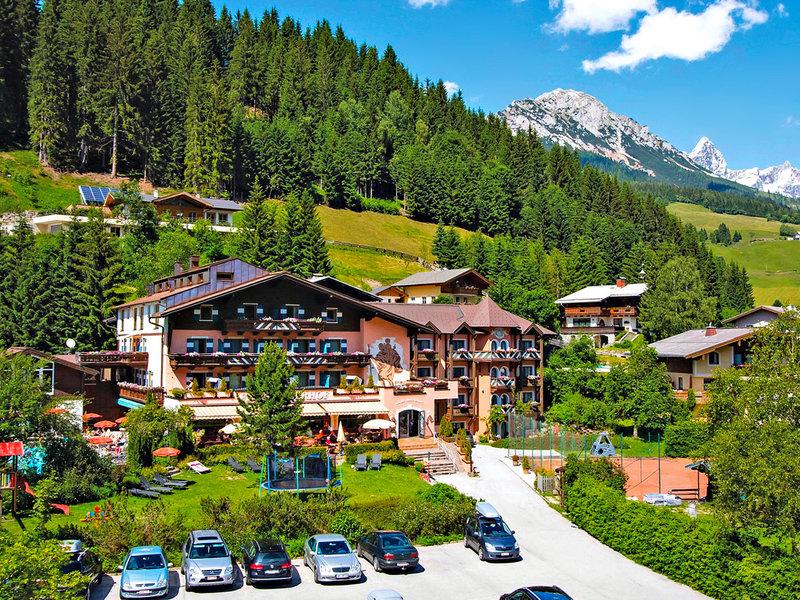 Salzburger Land, Familienhotel Filzmooserhof vom 2016-06-03 bis 2016-06-10, für 375,- Euro p.P.